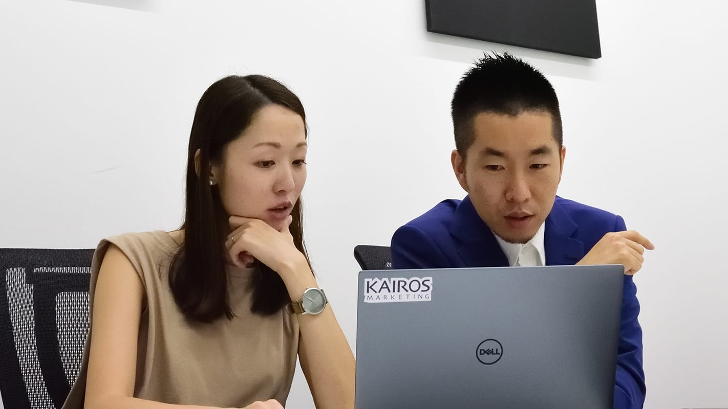 thumnail:インサイトアカデミー株式会社さまの事例取材風景